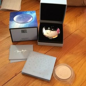Other - Super rare and new Angel face powder compact